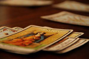 3-few-cards-300x200
